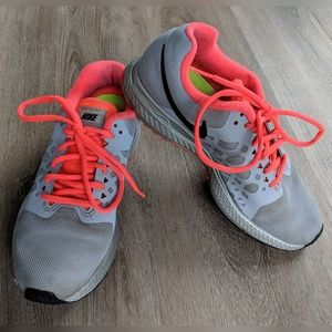 Nike | zoom | running shoes | 7